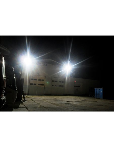 SUPER SALE / VISIONAL PREMIUM LED Outdoor Floodlight 200W / 24000lm / 4000k - 840 / Black / 70 ° / IP66 (Moisture Resistant)